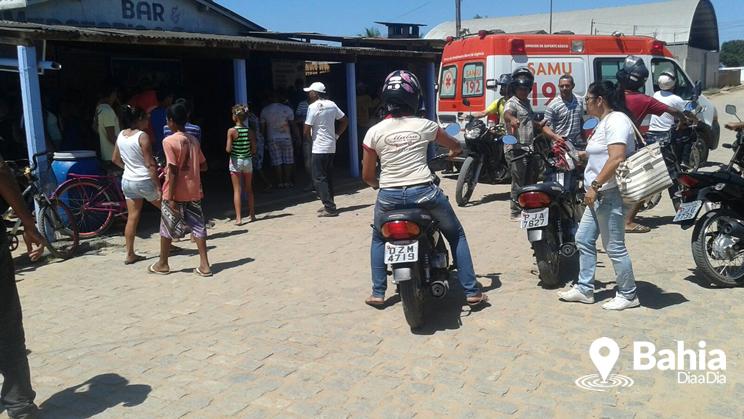 """""""Nenenzão"""" é morto a tiros enquanto andava em rua de Itabela. (Foto: Alex Barbosa/Bahia Dia a Dia)"""