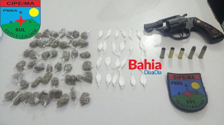 Drogas e arma foi apreendida na ação. (Foto: Divulgação/CAEMA)