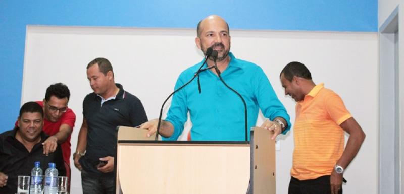 Robério Oliveira oficializa pré-candidatura a prefeito de Eunápolis. (Foto: Tássio Loureiro/Via41)
