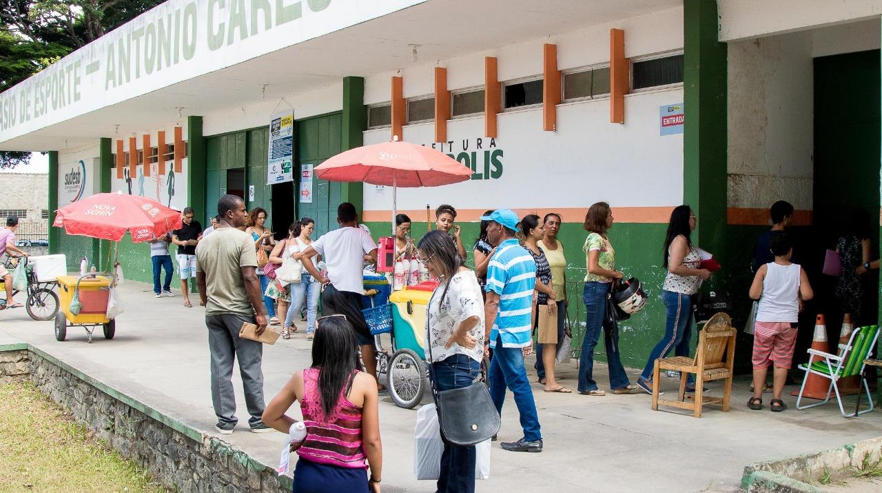 Quase 700 professores se inscreveram na 2º etapa de processo seletivo em Eunápolis. (Foto: Divulgação/Ascom)